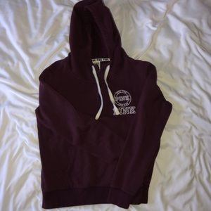 maroon pink sweat shirt